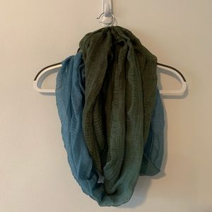 Accessories - Green and blue ombré infinity scarf